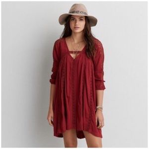 American Eagle • lace shift dress with crochet